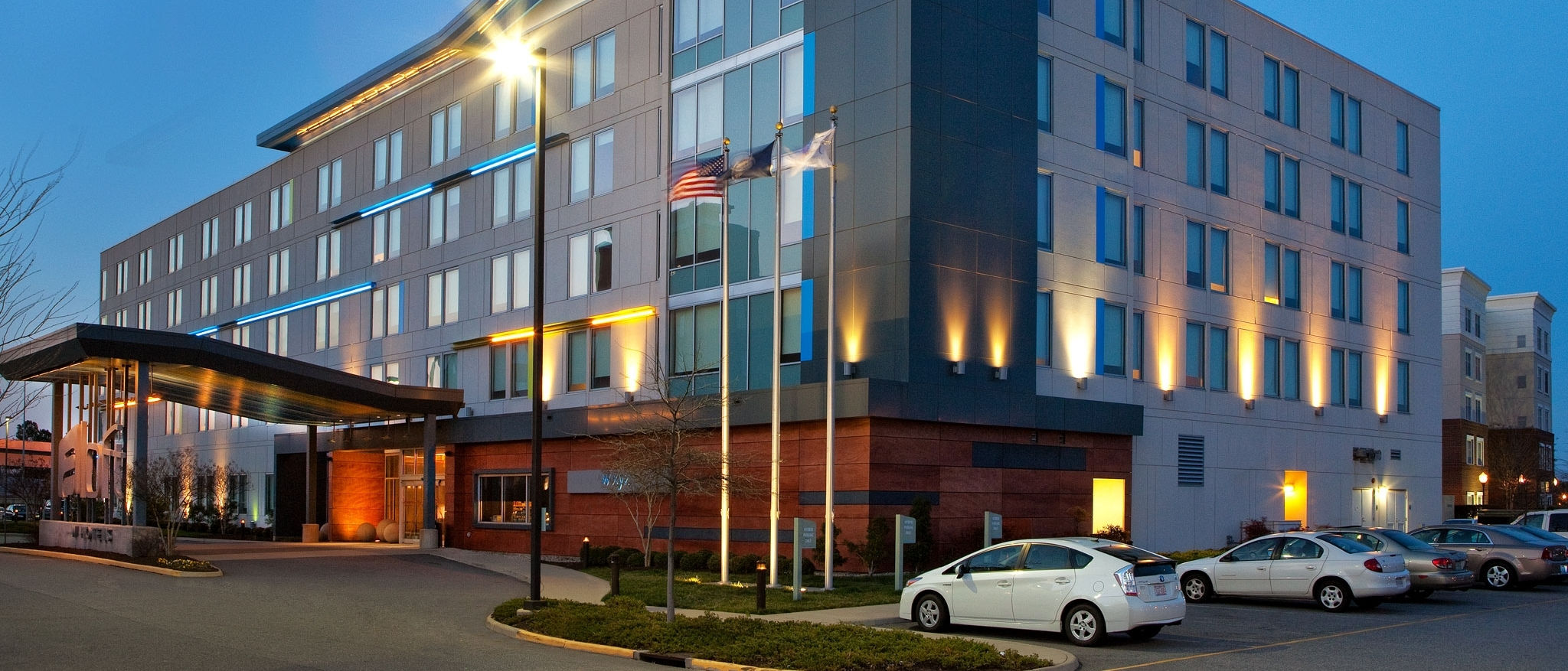 Aloft Chesapeake - Hotel Exterior